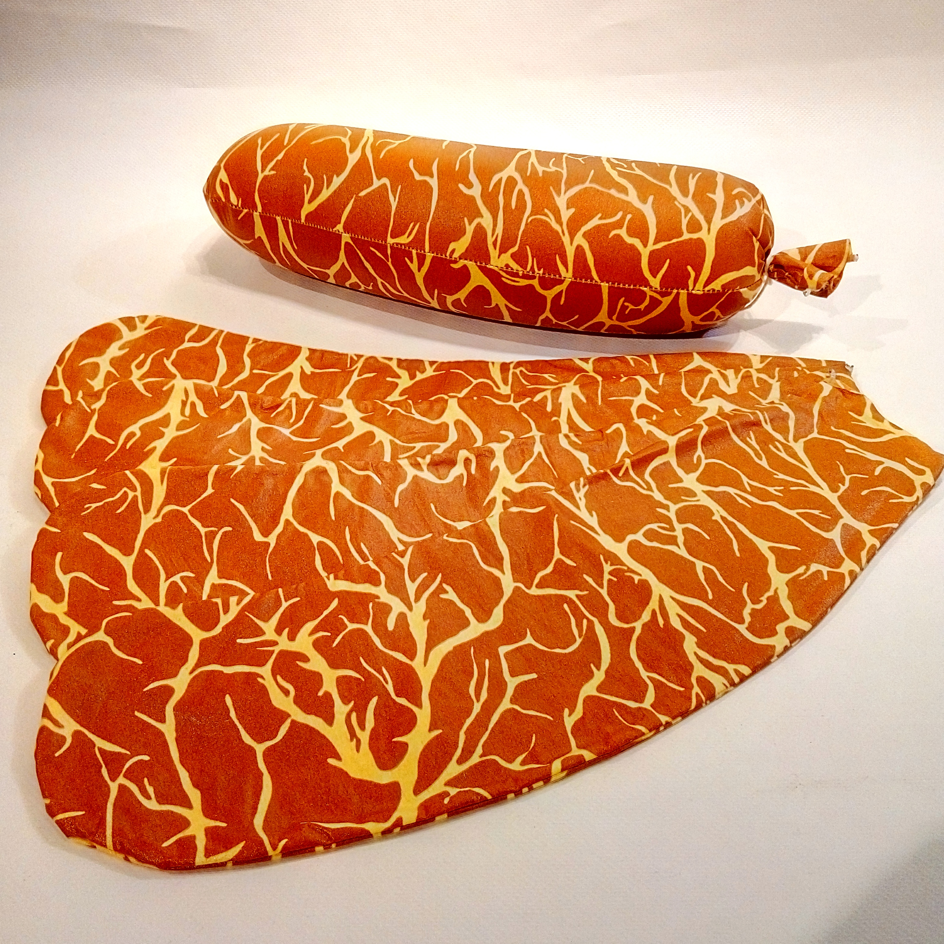 Craft textile sausage casings in the shape of beef blind gut image