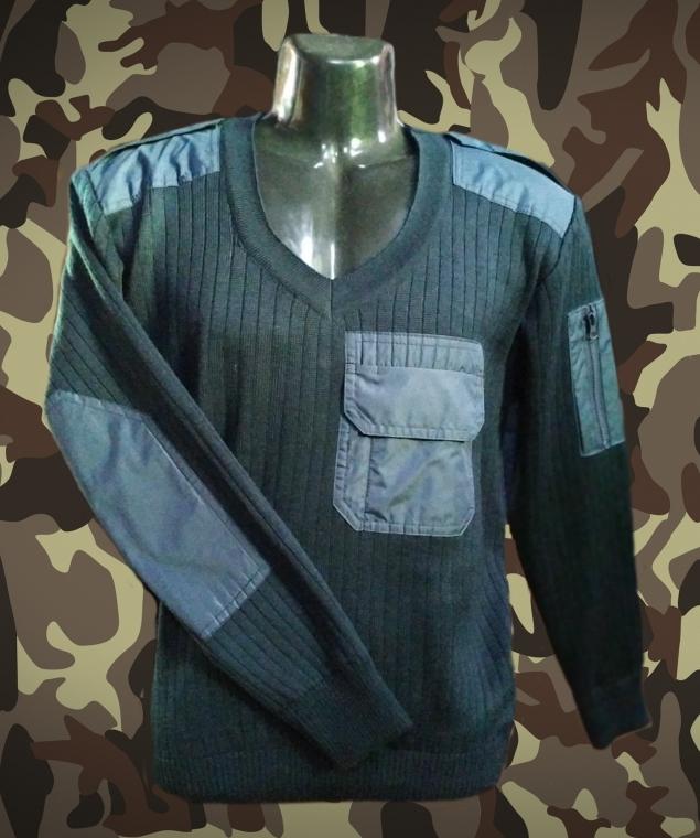 Uniform sweater for pilots image