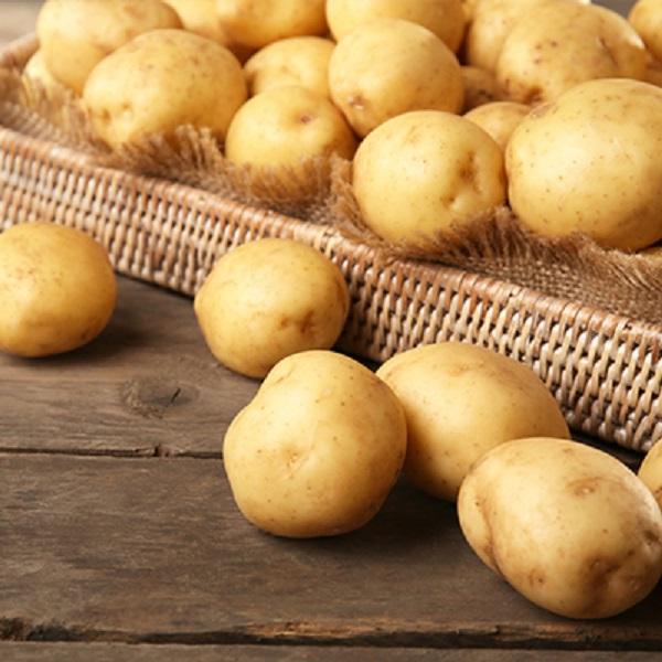 Potato set 6S carefully selected fresh potatoes image